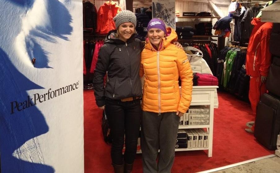 happy-women-mountain-montgane-femmes-ski-skieuse-compétition-ski-alpin