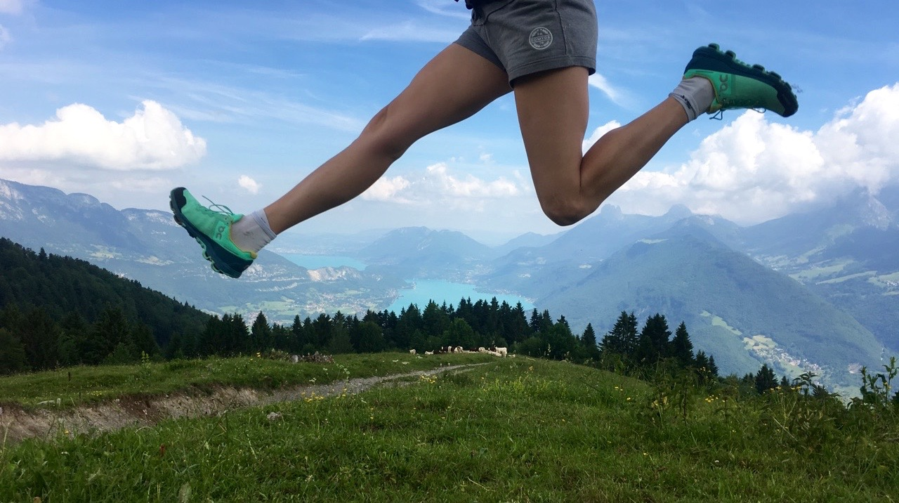 tests-equipement-femme-randonnée-lac-annecy-2017-chaussures-trail-on-running