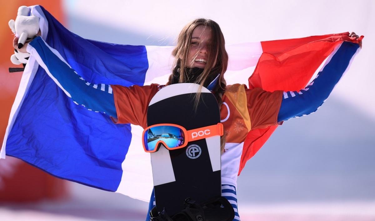 femme-montagne-isola2000-snowboardeuse-vice-championne-olympique