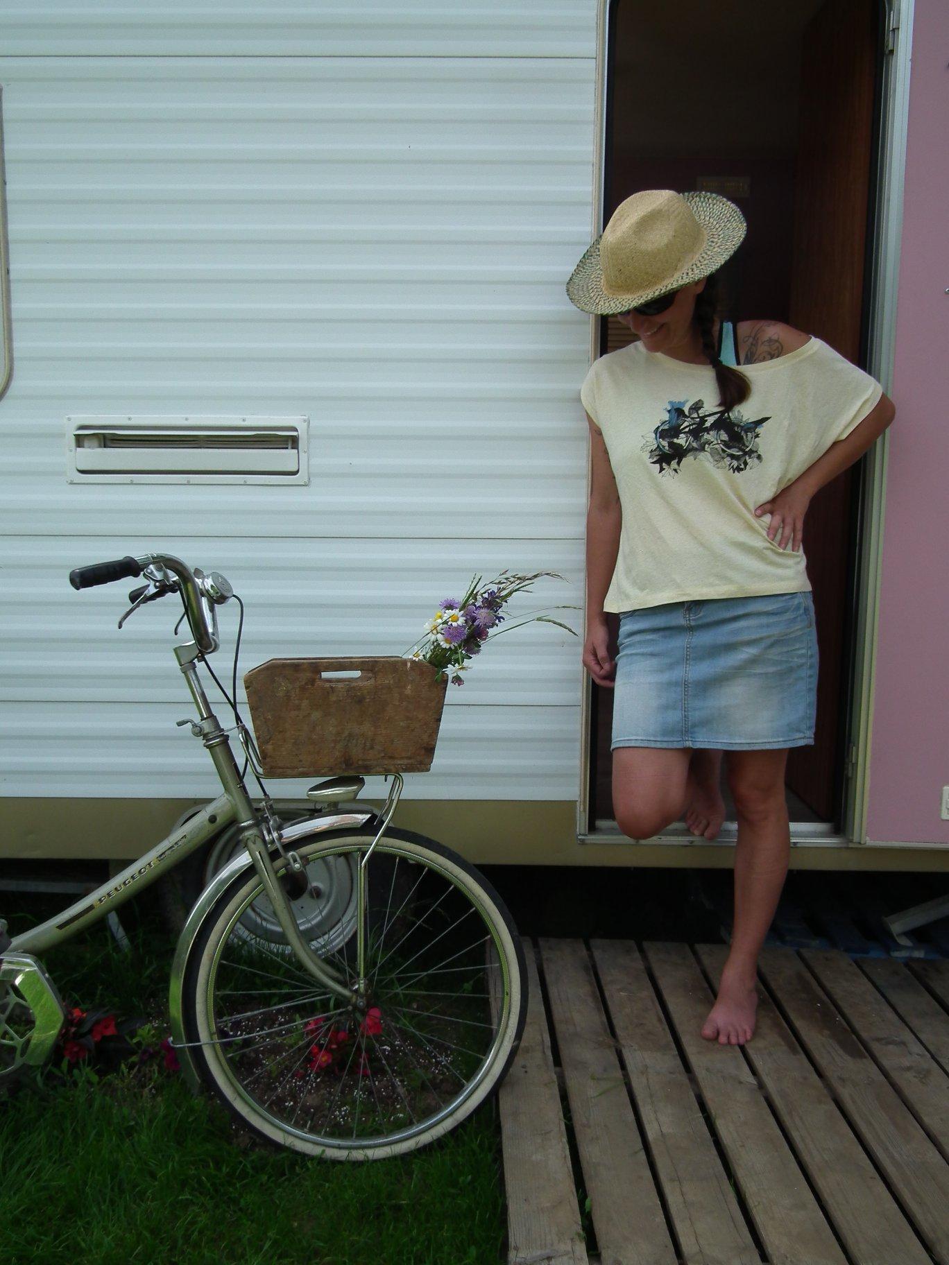 montagne-femme-vttiste-velo-saint_jean_darvey_bauges_savoie-bikettes